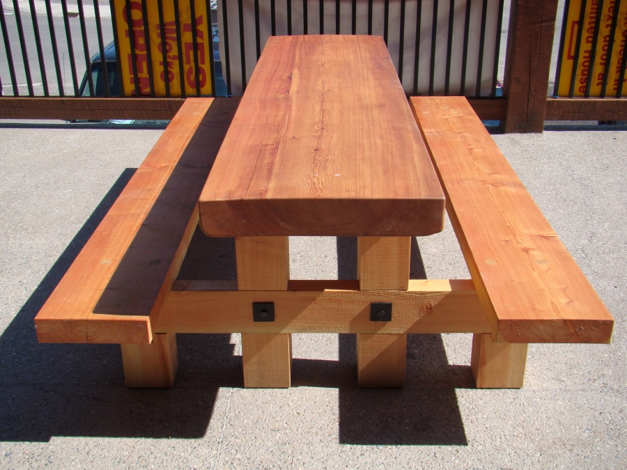 Raging Elk Picnic Table