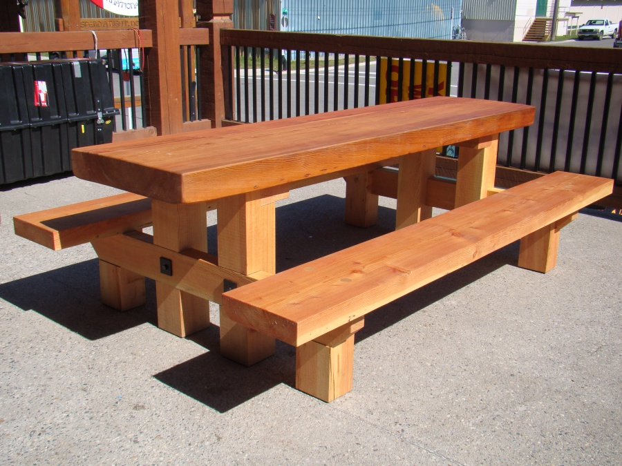 Raging Elk Picnic Table